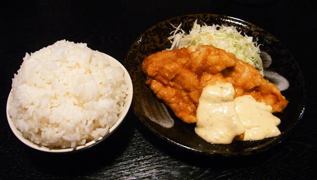 福岡のチキン南蛮は甘酢あんかけがスタンダード